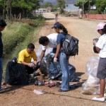 Los vecinos de Cañas, Liberia y Nicoya llevaron cerca de 300 llantas viejas a estaciones de RITEVE. CRH/Archivo