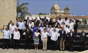 Los presidentes de los países de América posan, este 15 de abril, para la foto oficial de la VI Cumbre de las Américas en Cartagena de Indias (Colombia). EFE/Alejandro Bolívar