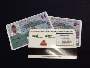 No se confunda, para adquirir su licencia de conducir no tiene que pagar un examen psicológico.