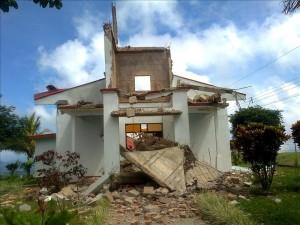 240 personas se mantienen en albergues tras terremoto