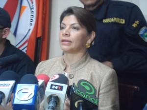 La presidenta Laura Chinchilla descartó que este momento se este pidiendo ayuda para los afectados del terremoto.