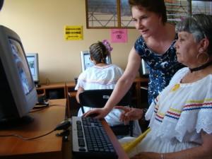Micit busca fortalecer los 251 Centros Comunitarios Inteligentes de todo el país