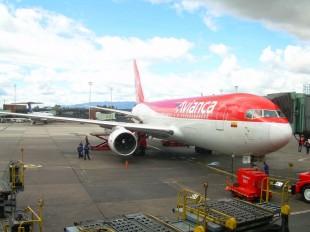 Aerolínea Avianca anuncia tarifas bajas para viajar a Lima y Panamá