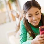 Jóvenes deben ser responsables con uso de redes sociales; fotos o comentarios pueden ser usados con fines negativos