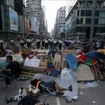 Estudiantes y Gobierno se preparan para iniciar el diálogo en un ambiente tenso en Hong Kong