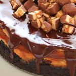 Si le gustan el chocolate y el caramelo, amará este cheesecake