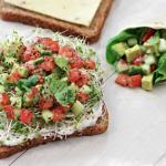 Sandwich californiano: delicioso para picar o cenar