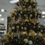 ¿Cuánto le cuesta decorar el árbol de Navidad? ¡Hágalo bueno, bonito y barato!