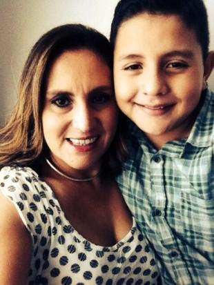 """Madre de niño con Síndrome de Tourette: """"centros educativos no saben cómo lidiar con él"""""""