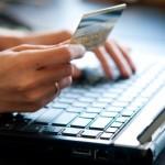 Tres hombres seguirán detenidos por reclutar personal de comercios para estafar clientes con tarjetas
