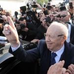 Las encuestas a pie de urna de las elecciones tunecinas dan como vencedor a Essebsi