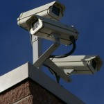 ¡Que no lo espíen! Descuidos ponen sus cámaras de seguridad y dispositivos en ojos de miles en todo el mundo