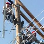 Funcionario de CNFL es trasladado a clínica tras recibir descarga eléctrica