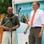 Diputado canadiense pide a su gobierno reporte, por supuesta donación a Fundación Arias