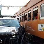 Vehículo colisiona contra tren en Montes de Oca, no se reportan heridos