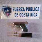 Menor de 14 años halló arma enterrada en Curridabat