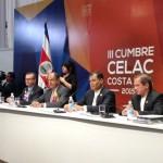 """Cumbre de la Celac cierra con discurso de Correa a favor de la """"descolonización"""""""