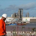 Petrobras atrasa las obras de dos refinerías tras haber cancelado otras dos