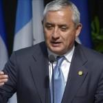 Justicia reactiva antejuicio por corrupción contra presidente de Guatemala