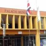 Aprobación de presupuesto extraordinario sin discutirse en la Municipalidad de Desamparados desata el conflicto