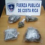 Oficiales decomisan marihuana dentro de un vehículo en San José, durante la noche del lunes