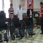 Cruz Roja de San Ramón recibió donación de 21 sillas de ruedas