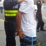 Policía detiene a tres y  decomisa arma en Heredia