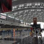 Decretan cierre indefinido en aeropuerto Juan Santamaría por caída de ceniza