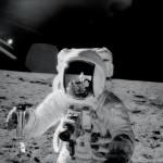 """""""Yo caminé en la Luna ¿Qué harás tú ahora?""""; astronauta relata su inspirador testimonio"""