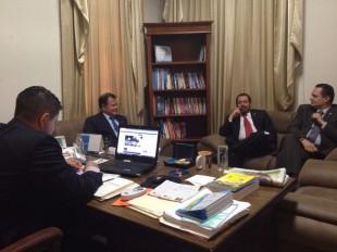 Diputados cristianos conforman bloque legislativo y pedirán la presidencia del Directorio