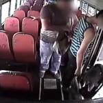 Cuidado al bajarse del autobús, si se despista puede ser víctima de hurto