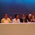 Con coplas, sindicatos celebran acuerdo con el Frente Amplio y el PAC