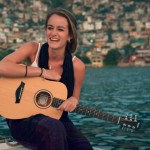 """Stephanie Zelaya estrena su segundo sencillo """"Traigo un corazón"""""""