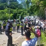 Reportan cinco detenidos y dos oficiales heridos tras bloqueos en Paquera