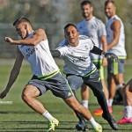 Navas fue protagonista en divertido entrenamiento del Madrid