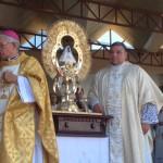 De amarillo, verde y rojo: Virgen de los Ángeles estrenó vestido