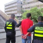 Colombiano cayó por uso de documentos falsos