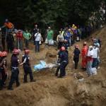 Reanudan labores por alud en Guatemala, al menos 89 muertos